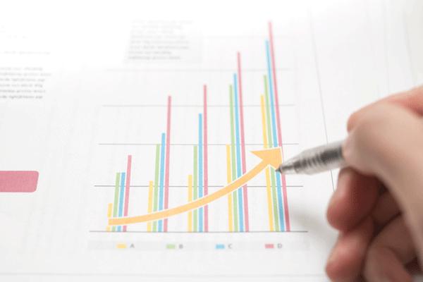 データから読み解く企業の高齢者の雇用状況